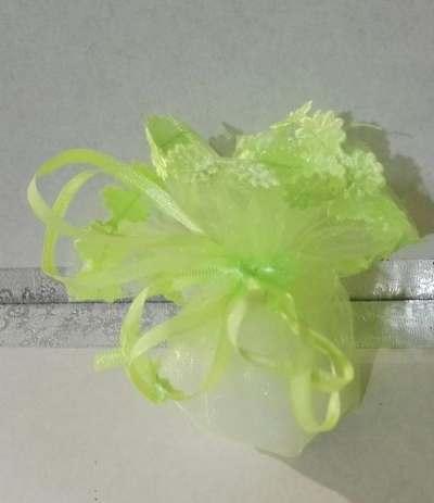tulle tirante confetti verdelime fiori