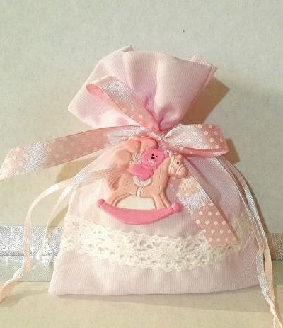 sacchettino rosa con pizzo