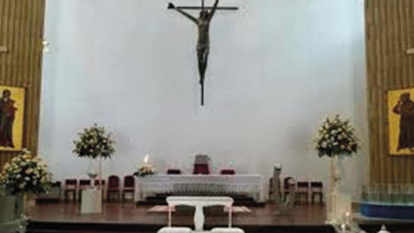 La chiesa di Sant'Antonio e il suo crocifisso